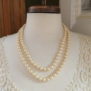 Vintage Double Strand Excellent condition Necklace